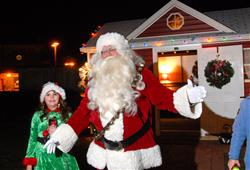 cs_dec13_santahouse_04